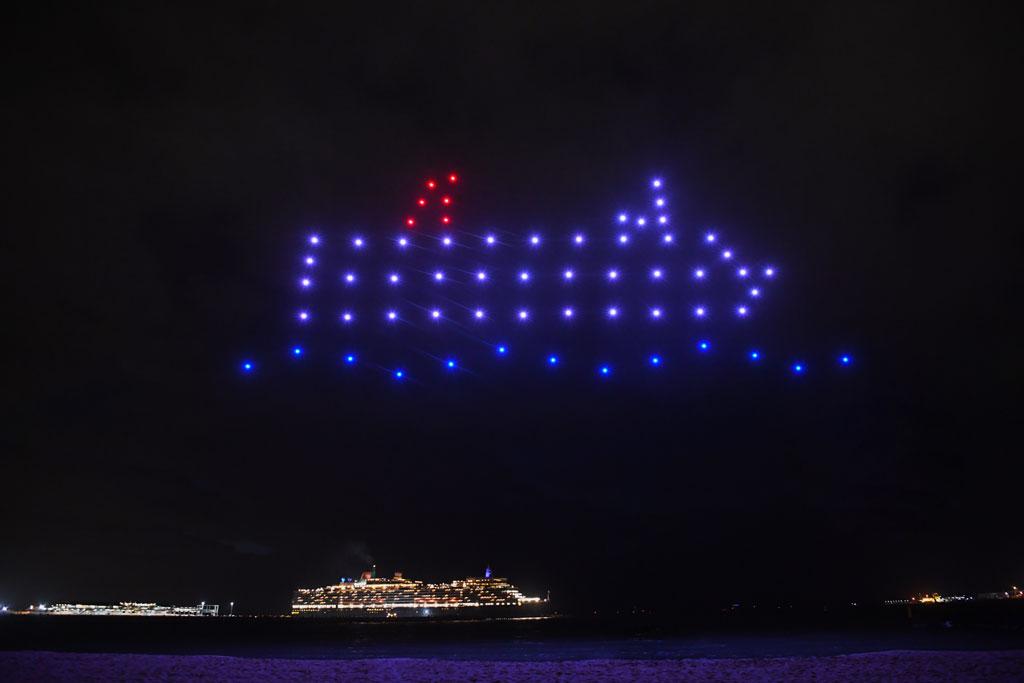 Lichtshow über dem Hafen