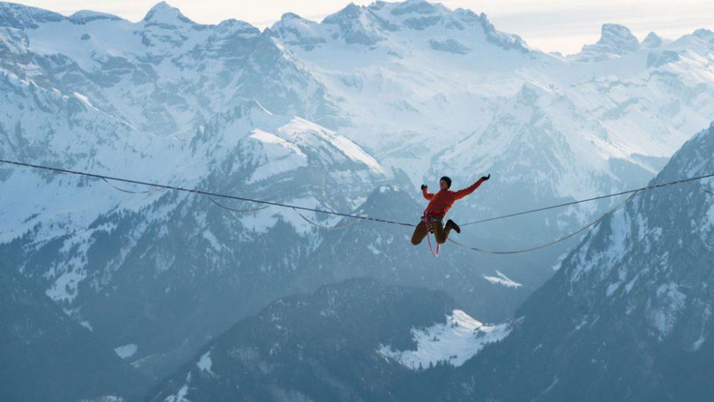 Lukas Irmler auf einem Seil